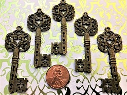 25 Large Vintage Wedding Key Reproductions Classic Fancy Style Steampunk Skeleton Bulk Lot Hardware Beads Pendant Charms Jewelry Craft Chime